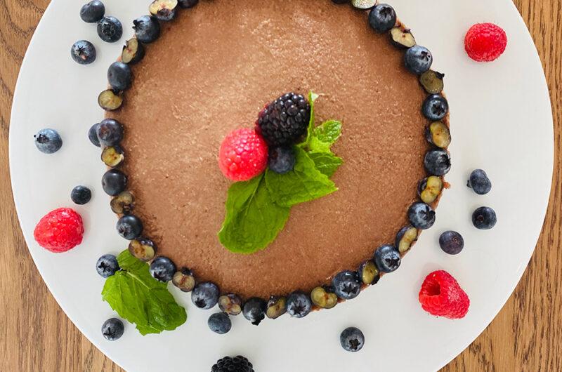 Rodjendanska sirova torta od borovnica
